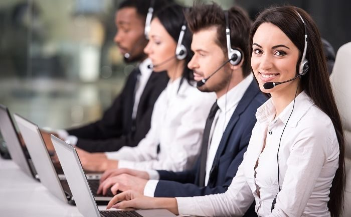 Software Helpdesk Zoho Desk untuk Perusahaan